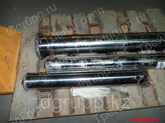 61NB-40072 палец ковша Hyundai R520LC-9