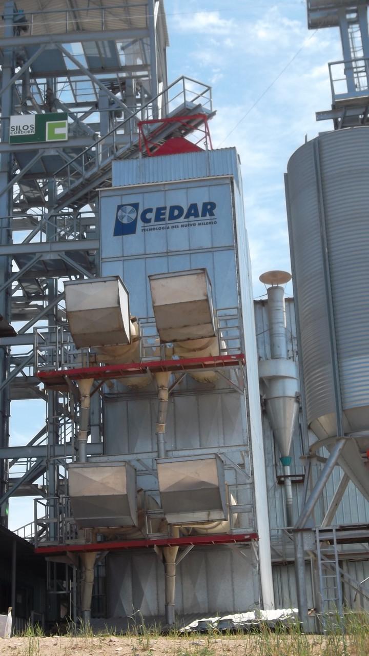 Зерносушилка 50 т/ч Cedar SCM 6-12