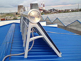 Установка солнечного водонагревателя объемом 600л для теплицы в г. Астана (пассивного типа) 2