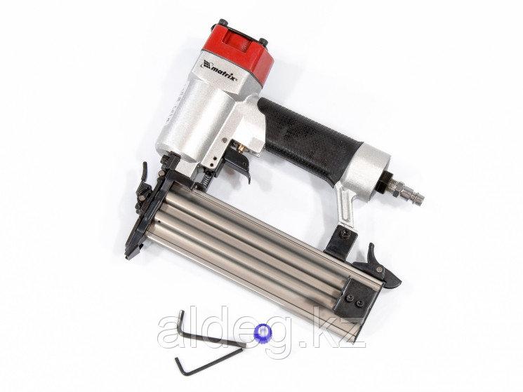 Нейлер пневматический для гвоздей от 10 до 50 мм MATRIX