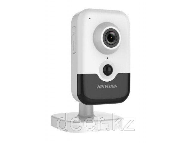 Сетевая IP-видеокамера Hikvision DS-2CD2455FWD-I