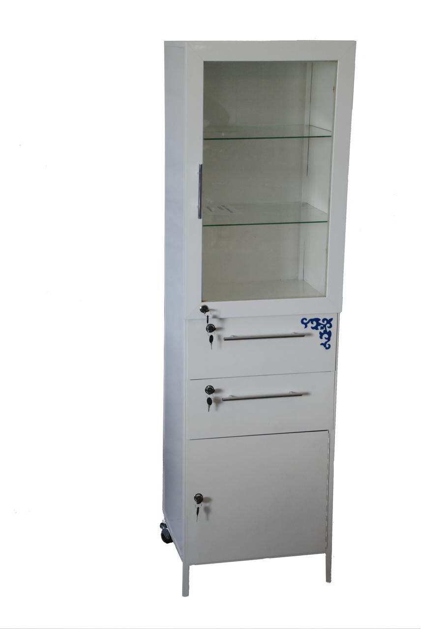 Шкаф-пенал металлический