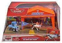 Planes Dusty Crophopper Игровой набор Ангар Дасти