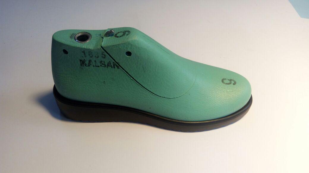 Обувные колодки, для изготовление женской обуви. Размеры с 34-38.