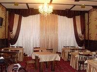 Пошив штор  для кафе и ресторанов в Алматы из ткани в наличии