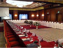 Конференц-системы для организации круглых столов
