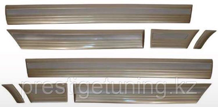 Боковые молдинги на двери на LC100 1998-2007 VX/GX