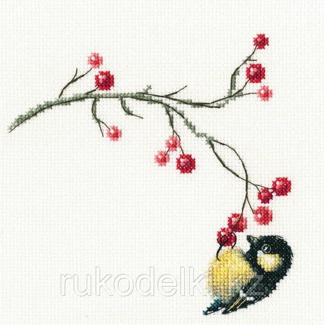 """Набор для вышивания крестом """"Осенние ягоды"""""""