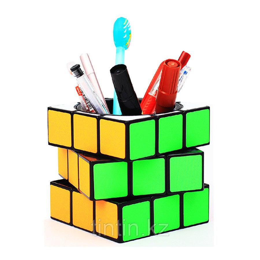 Органайзер в виде кубика Рубика