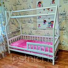"""Детская кровать """"Домик"""""""