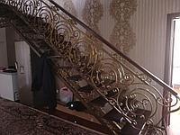 Кованная лестница с перилой, фото 1