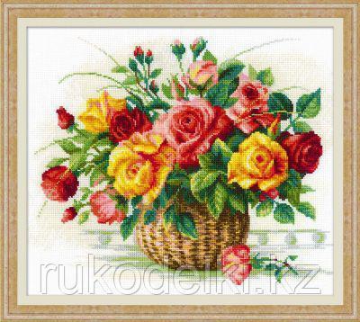 """Набор для вышивания крестом """"Корзина с розами"""""""