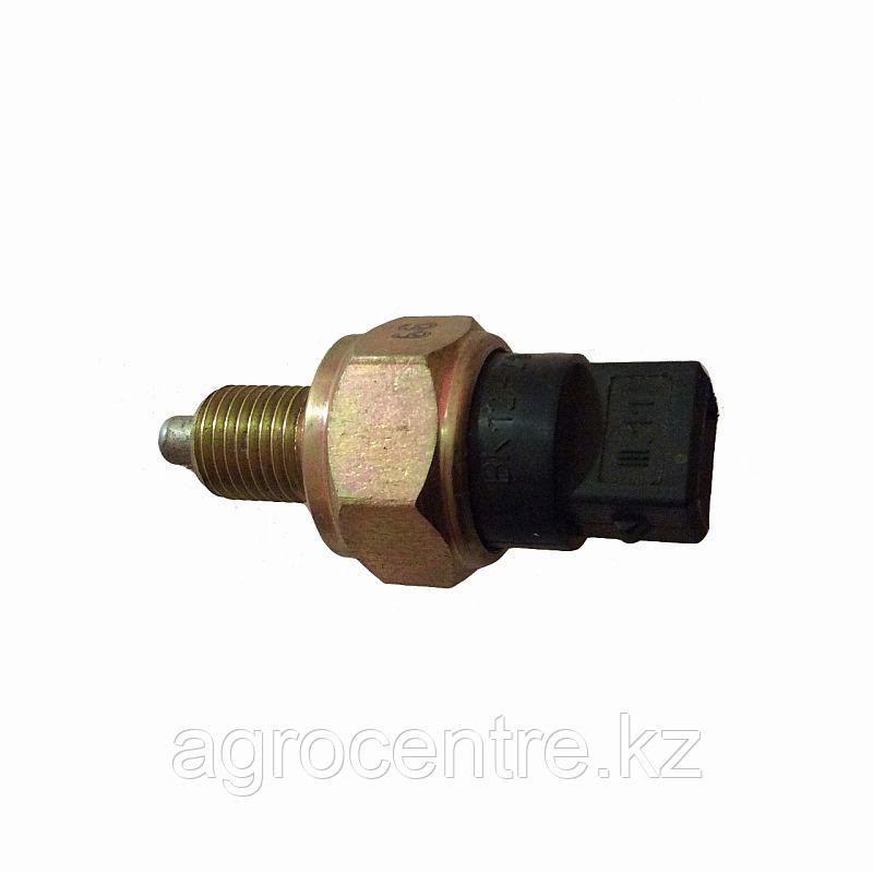 Выключатель стоп-сигнала МТЗ-1221 (ВК12-21)