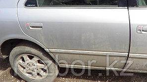 Дверь правая задняя Toyota Camry Gracia SXV20