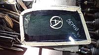 Стекло заднее левое (собачатник) Mazda Demio