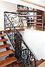 Кованная лестница с перилами