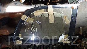 Стекло заднее правое (собачатник) Toyota Caldina (ST195)