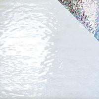 White Waterglass, Iridescent