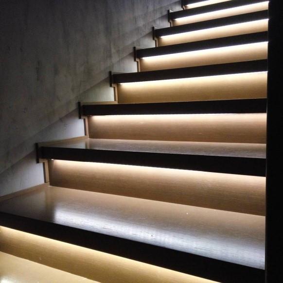 Подсветка лестниц автоматическая в алматы Stairs PRO 1025