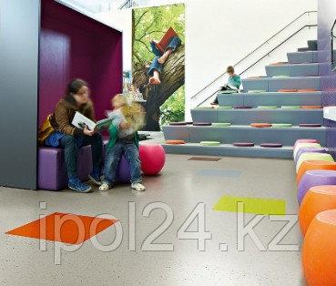 Дизайнерская виниловая плитка Forbo Allura Colour plus