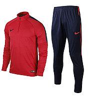 Тренировочный футбольный костюм Nike