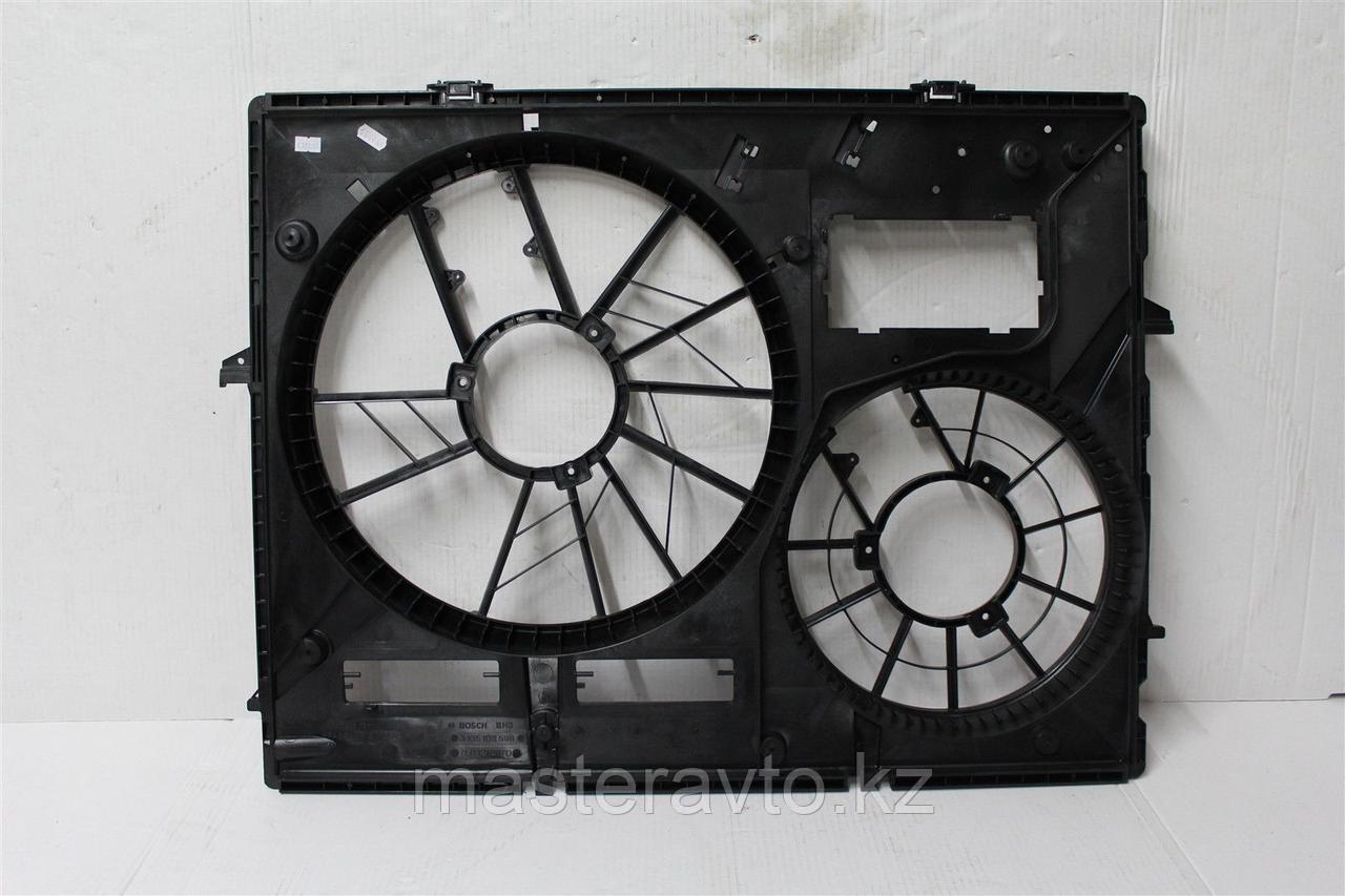 Диффузор Кожух вентилятора VW Touareg 2002-2006 2.5D/3,2 (NEW)