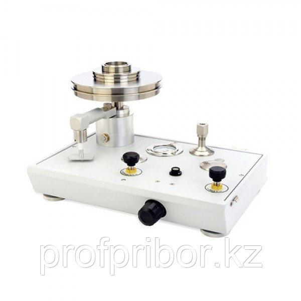 Fluke P3000 пневматический грузопоршневой манометр