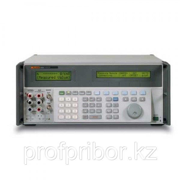 Fluke 5720A/01 прецизионный универсальный калибратор