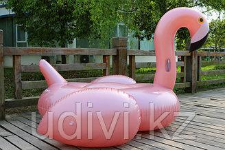 Надувной матрас Розовый фламинго Lux.