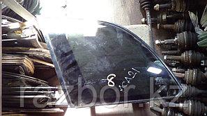 Стекло заднее левое (собачатник) Toyota RAV4 (ACA21)