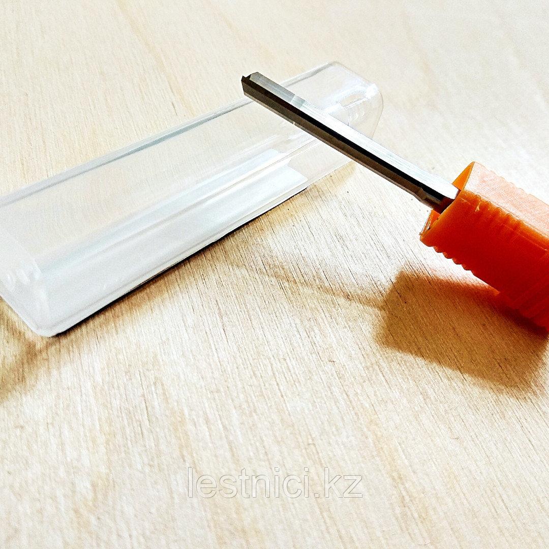 Фреза прямая с двумя ножами 4*4*28