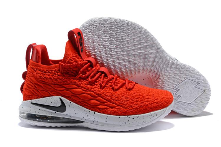 """Баскетбольные кроссовки Nike LeBron XV (15) Low """"Heart of Lion"""" (40-46)"""