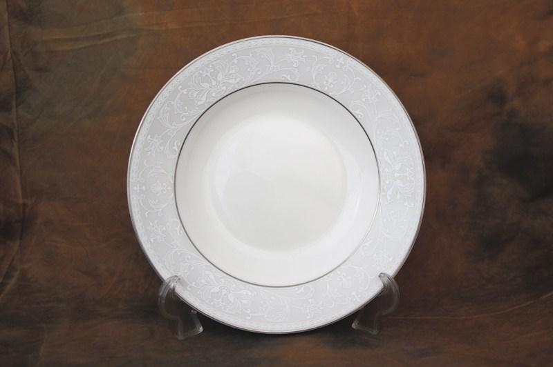 Адажио тарелка суповая полупорционная