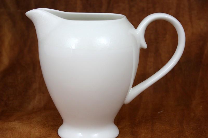 Амалия молочник