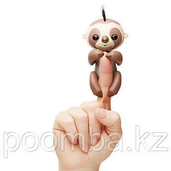 Интерактивный ручной ленивец Fingerlings - Кингсли