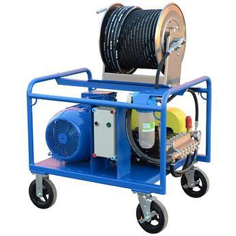 Серия аппаратов Посейдон Е22 с пятиплунжерным насосом, 22 кВт, 230-500 бар