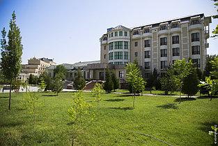 Санаторий Окси расположен в Южно-Казахстанской области, в курортной зоне Сарыагаш, в 130 км. от г. Шымкент.