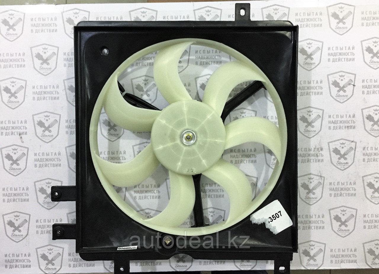 Вентилятор охлаждения двигателя левый
