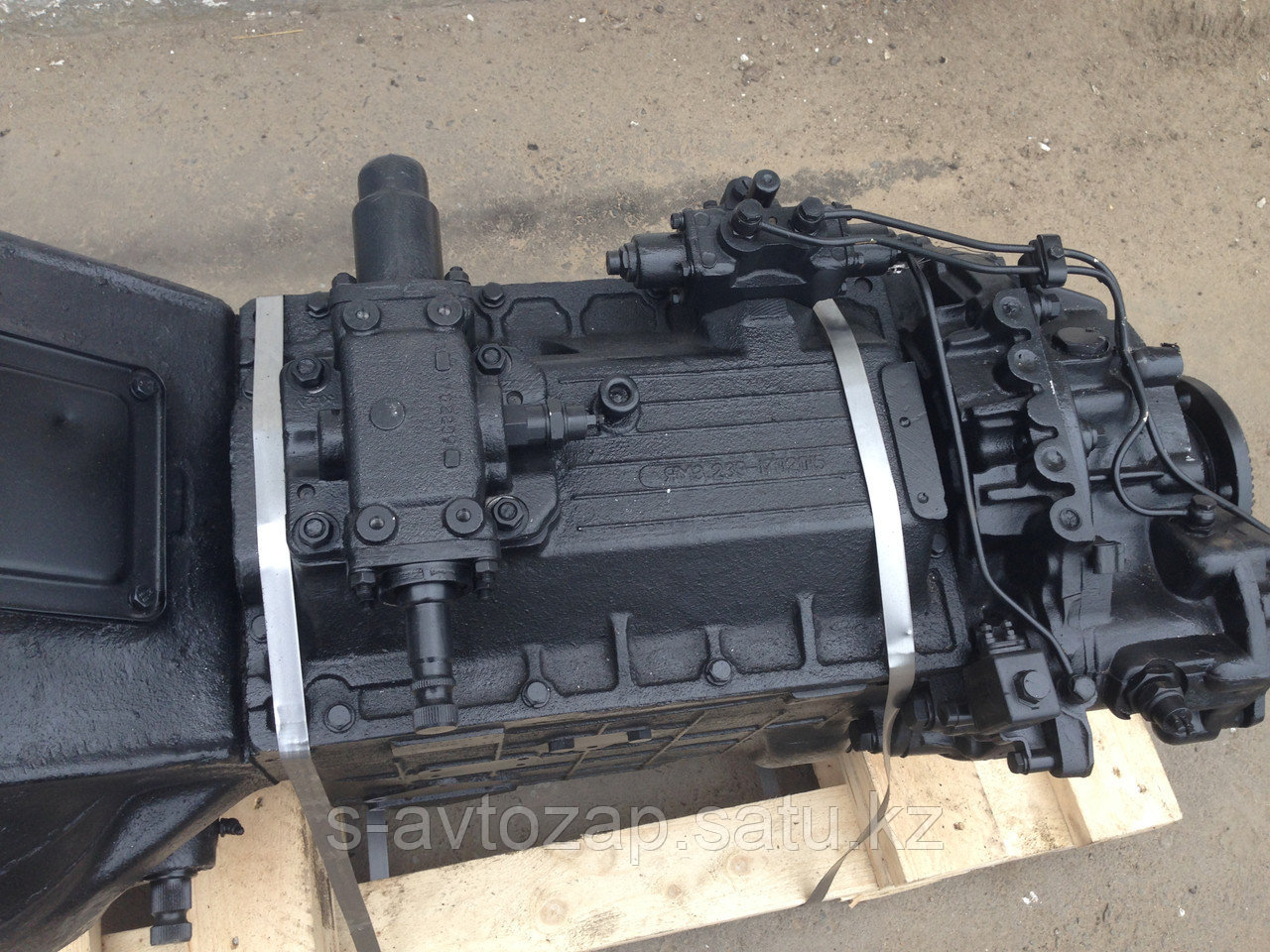 Коробка переключения передач для двигателя ЯМЗ 239-1700025-09