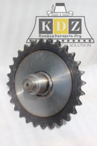 Цепное колесо с валом (передняя длинная) 85513031/85513030 на автогрейдер XCMG GR215, GR180