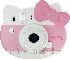 Fujifilm Instax mini HELLO KITTY + Фотопленка Fujifilm  10 шт.
