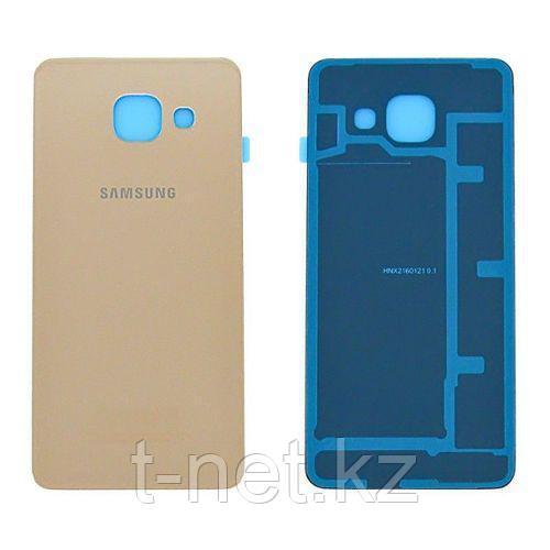 Задняя Крышка Samsung A7 2016 A710, цвет черный, золотой