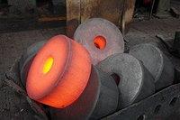 Поковка стальная 100-3500 мм круглая 9х2 и мн. др.