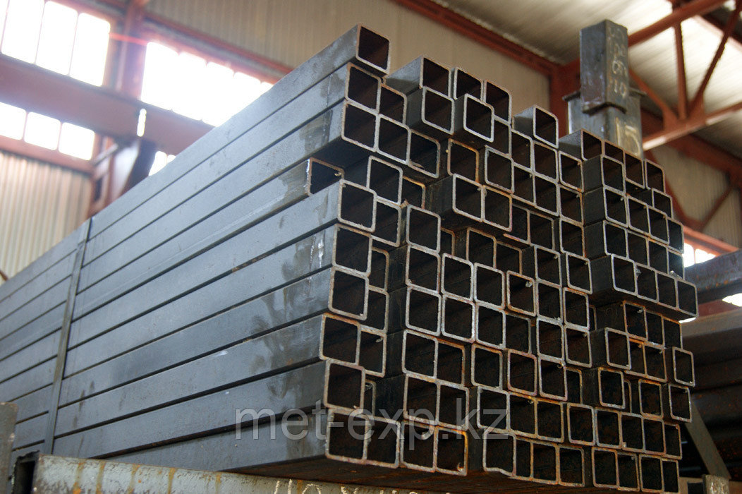 Труба профильная стальная 60 х 10 мм AISI 691 сварная 6м и 12м