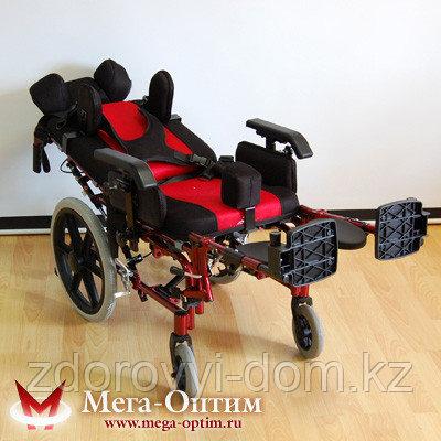 Инвалидная коляска для больных ДЦП