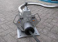 Устройство для очистки труб больших диаметров