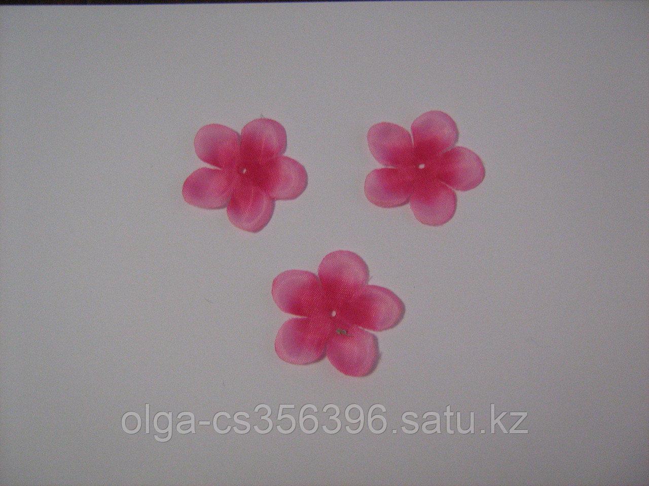 Заготовки для цветов.4,5 см  Creativ 2204