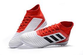 Футбольные бутсы Adidas Preadtor