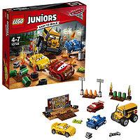 """Lego Juniors Тачки Гонка """"Сумасшедшая восьмерка"""""""
