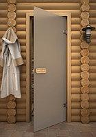 Матовые стеклянные двери для бань